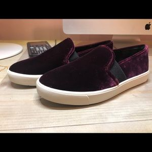 Vince Blair shoe size 8